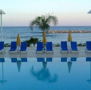 Palm Beach 4* (Ларнака)
