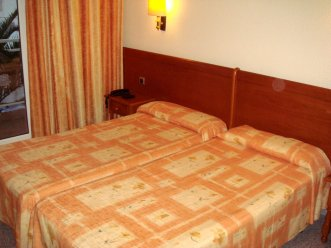 Serhs Sorra Daurada Hotel 3* (Мальграт де Мар) 18