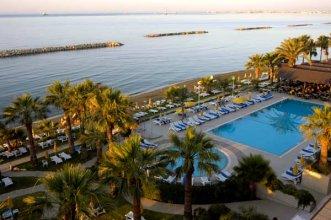 Palm Beach 4* (Ларнака) 1
