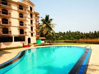 Nazri Resort 4* (Бага) 1