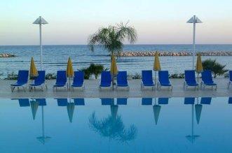 Palm Beach 4* (Ларнака) 2