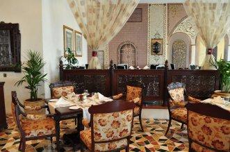 Hilton Sharjah 5* (Шарджа) 2