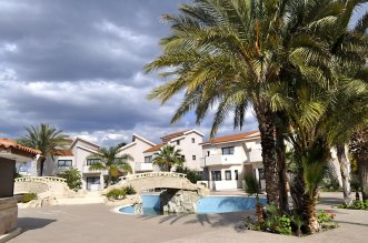 Crown Resorts Henipa 3*+ (Ларнака) 3