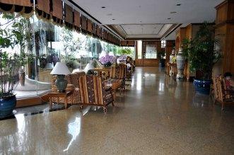 Prince Palace Hotel 4* (Бангкок) 1