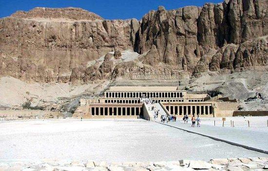 Луксор — настоящая жемчужина Египта.
