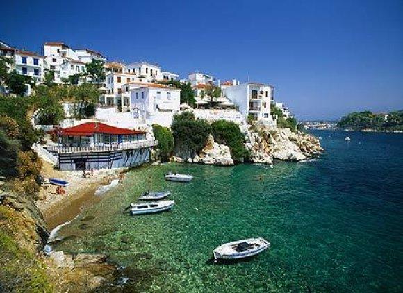 Когда и зачем стоит ехать на Кипр