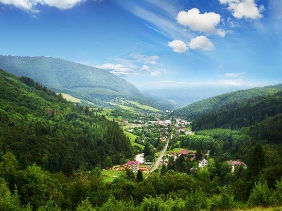 6 причин посетить Закарпатье летом