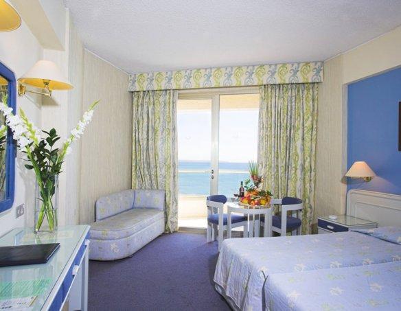 Тур в отель Golden Bay 5*  10