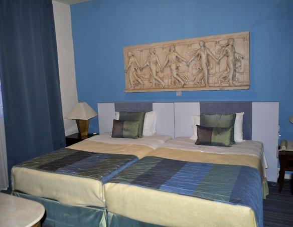 Тур в отель Caravel Hotel 2*+  13