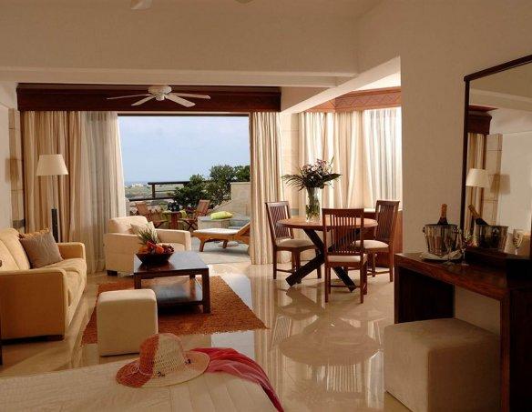 Тур в отель Coral Beach Paphos 5*  10