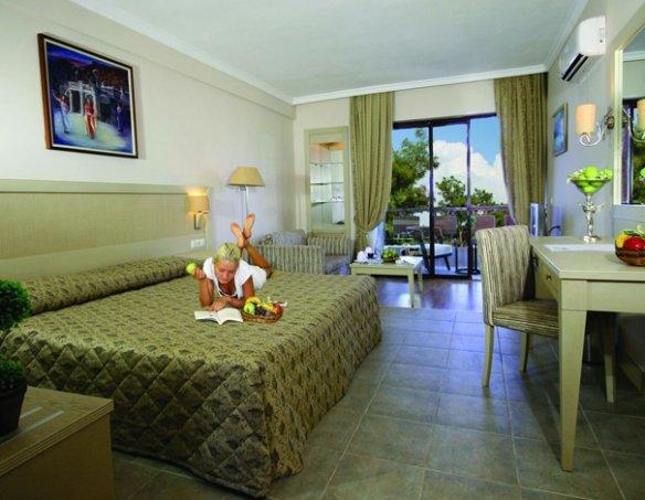 Тур в отель Utopia World Hotel 5* 2