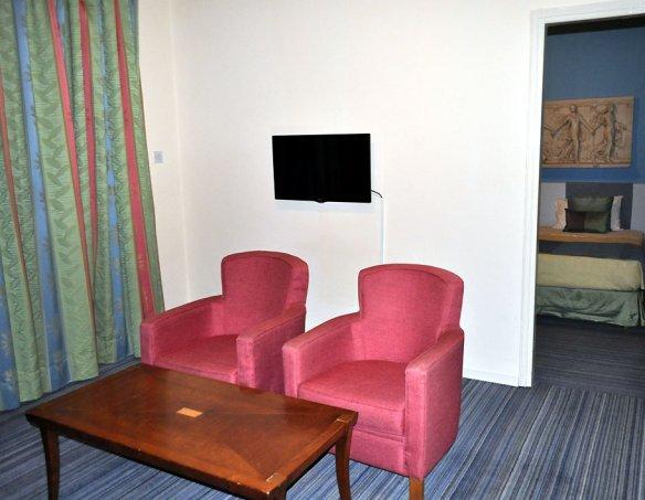 Тур в отель Caravel Hotel 2*+  6