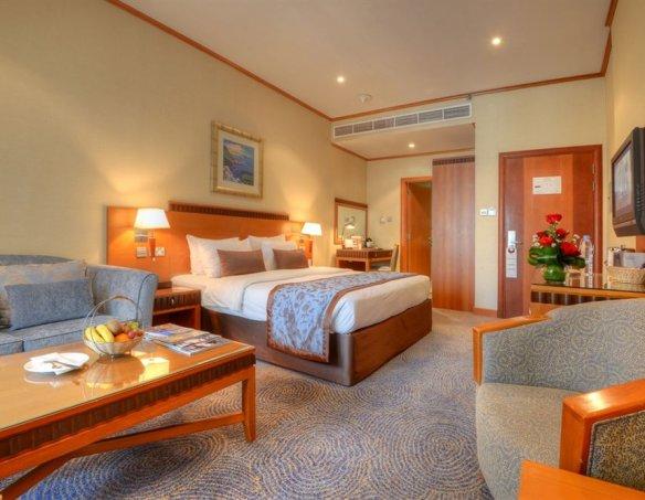 Тур в отель Golden Tulip Al Barsha 4* 35