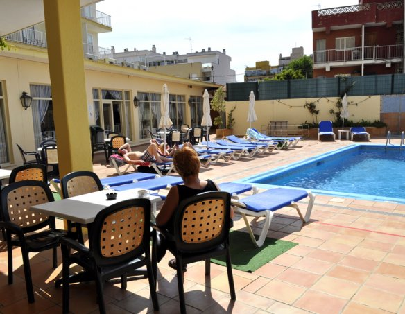 Тур в отель Fontanellas Playa Apart Hotel 4* 17