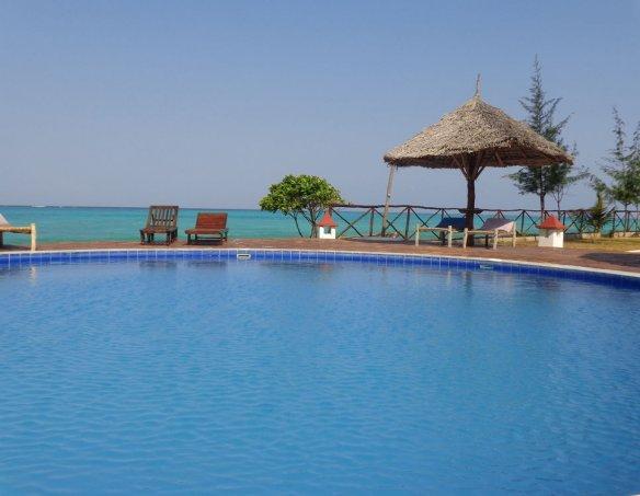 Тур в отель Reef & Beach 3* 23