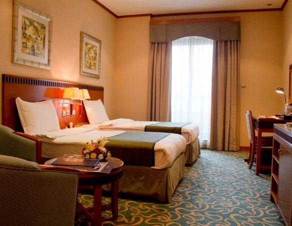 Тур в отель Golden Tulip Al Barsha 4* 34