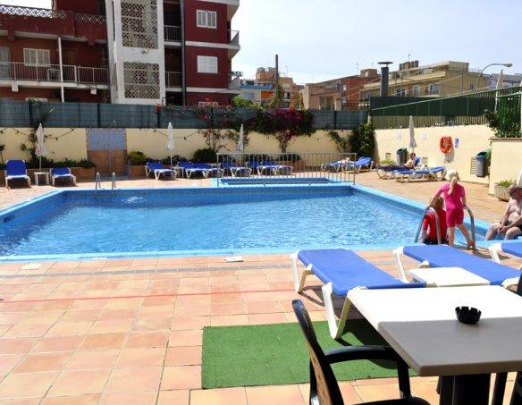 Тур в отель Fontanellas Playa Apart Hotel 4* 1