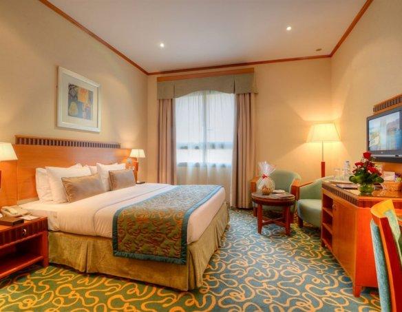 Тур в отель Golden Tulip Al Barsha 4* 32