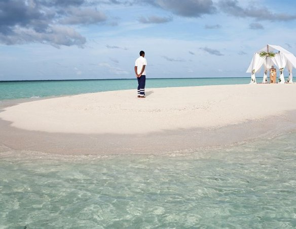 Мальдивы  25