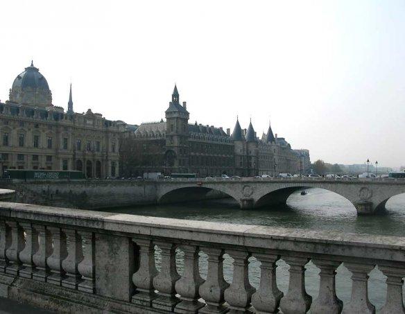 Франция  90