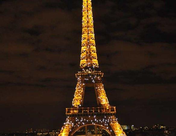 Франция  23