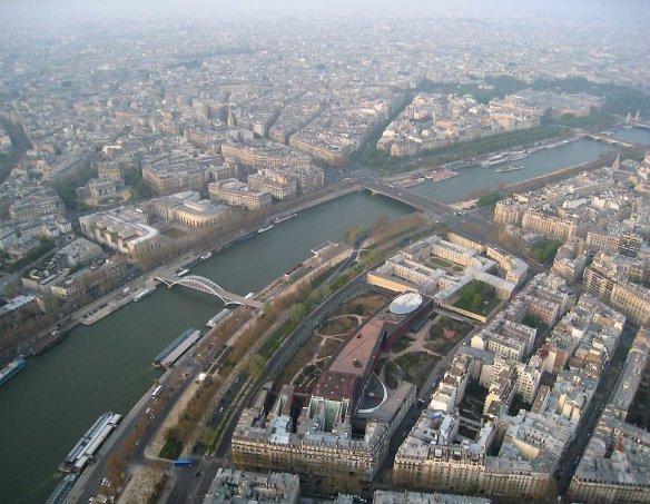 Франция  102